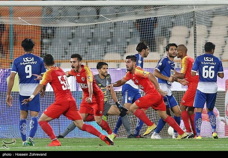 بیانی: یک مربی ایرانی می تواند به استراماچونی یاری کند، استقلال در زمین بازیکن باتجربه ندارد