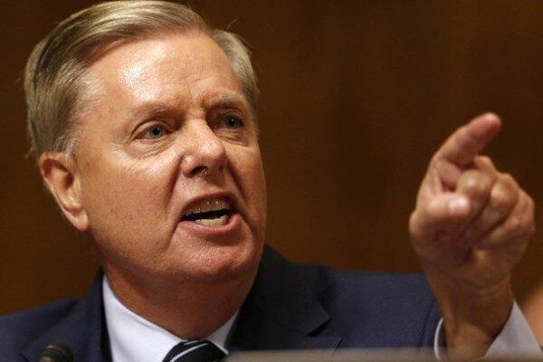 سناتور گراهام خواهان حمله آمریکا به پالایشگاههای نفت ایران شد!