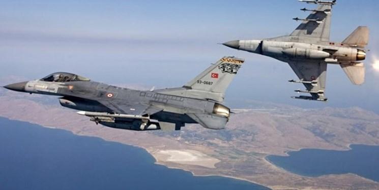 پرواز هواپیماهای نظامی ترکیه حین بازدید معاون وزیر دفاع یونان