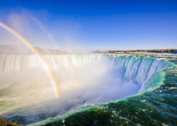 16 جاذبه ویژه توریستی در کانادا