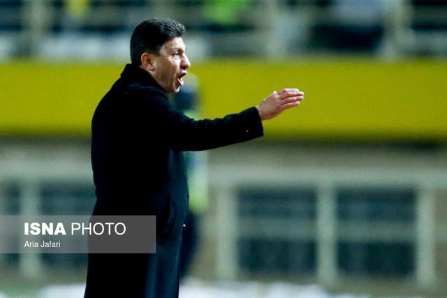 قلعه نویی مذاکره با تیم ملی را تکذیب کرد