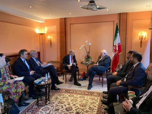 اعضای شورای روابط خارجی اتحادیه اروپا با ظریف ملاقات کردند