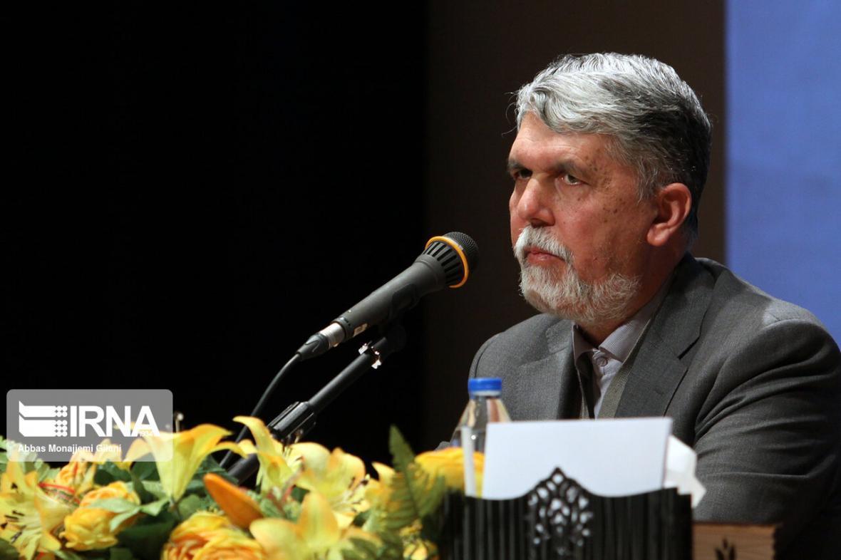 خبرنگاران وزیرارشاد: دریک ماه گذشته 240 میلیون تومان محموله پستی کتاب ارسال شد