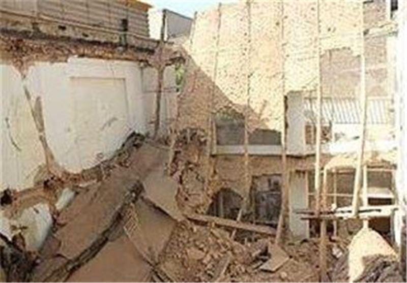 انفجار شدید یک مغازه در خیابان 17 شهریور، نجات 3 کارگز از زیر آوار