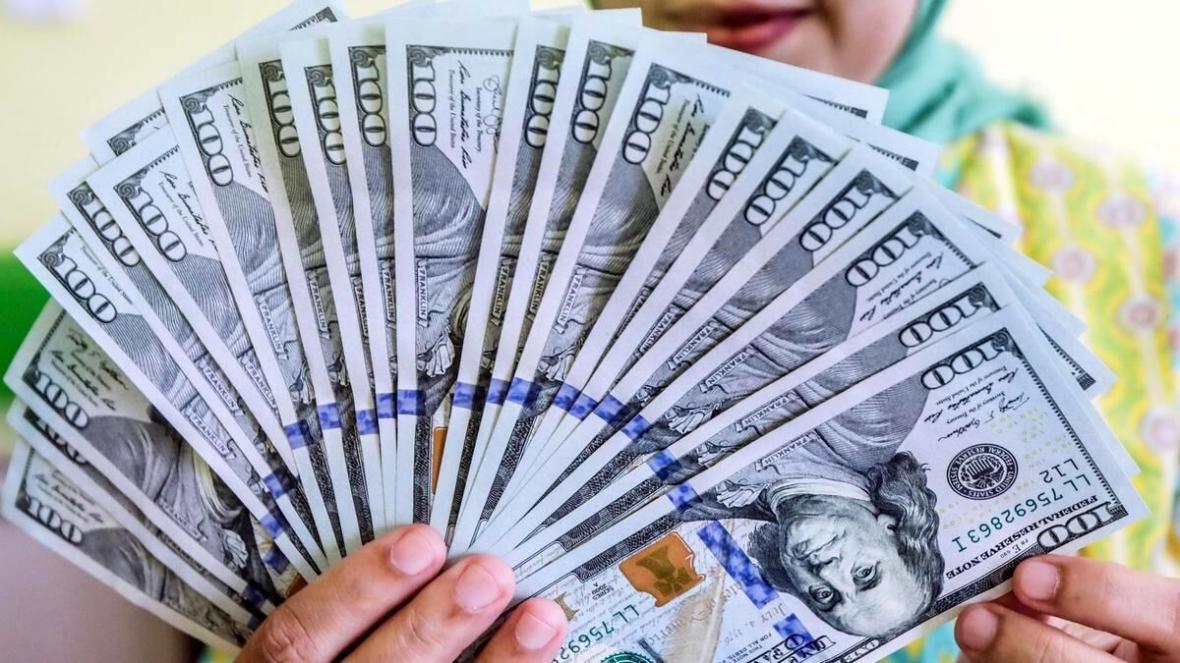 تداوم ریزش قیمت دلار، نرخ به 20 هزار و 350 تومان رسید