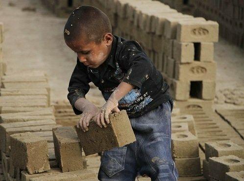 اجرای طرح ناظران سلامت کودک برای منع به کارگیری بچه ها