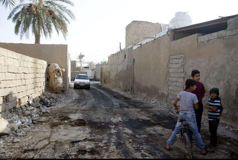 محرومان اراضی روستای ابوالفضل صاحب خانه می شوند