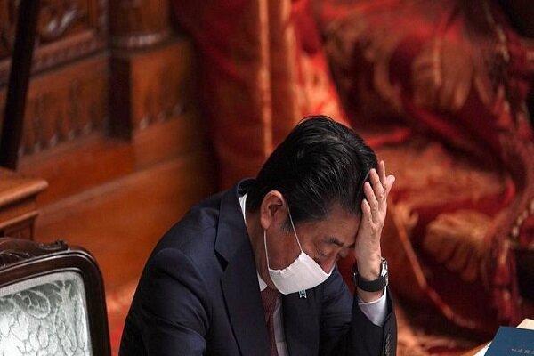نخست وزیر ژاپن استعفای خود را تقدیم حزب حاکم کرد