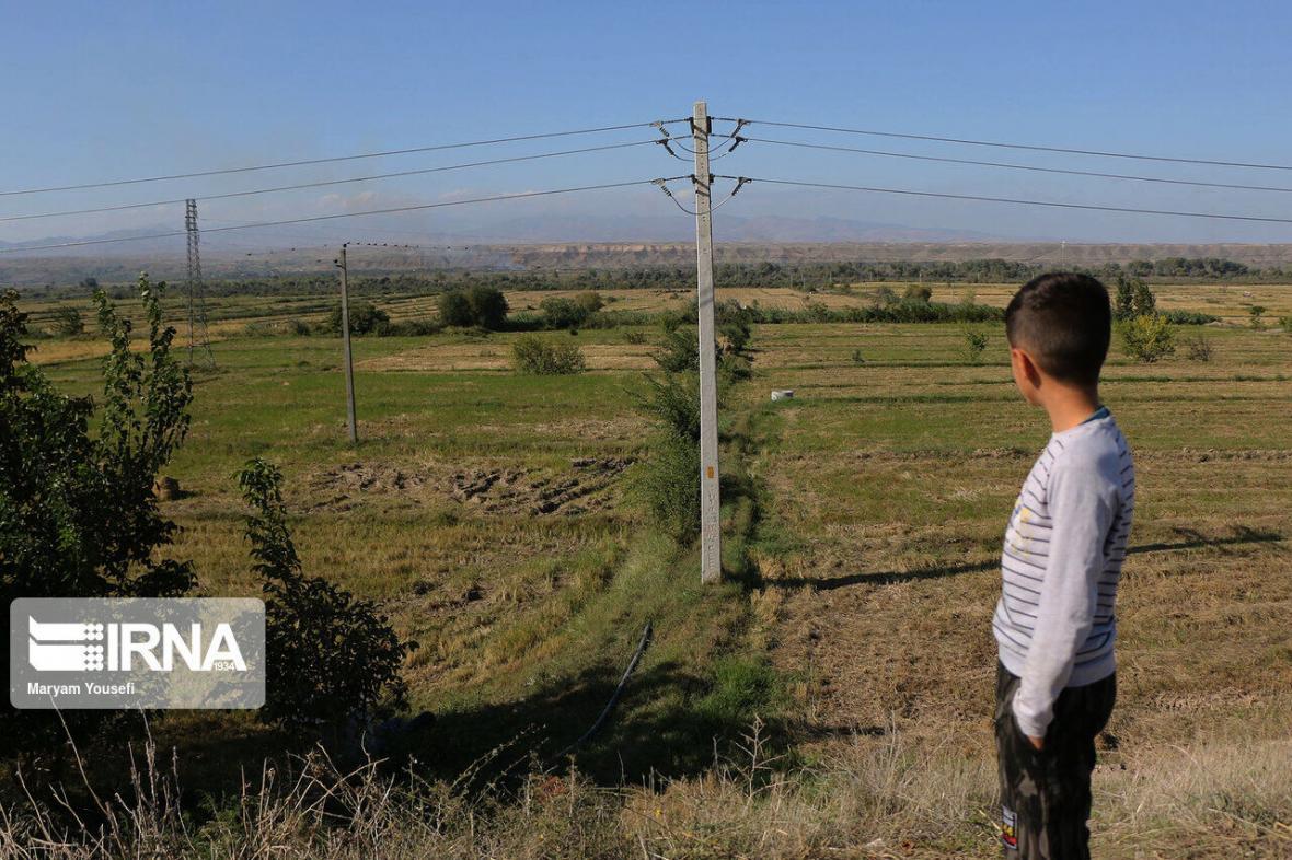 خبرنگاران استاندار اردبیل: شرایط در مناطق مرزی استان عادی است