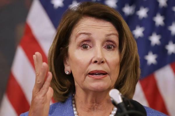 پلوسی: ترامپ در قتل های حمله به کنگره شریک جرم است