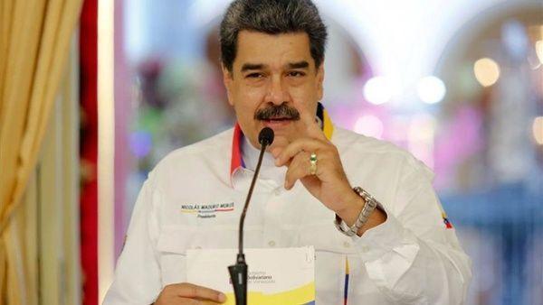 خبرنگاران رئیس جمهوری ونزوئلا: با وجود تحریم ها، واکسن کرونا را تامین می کنیم